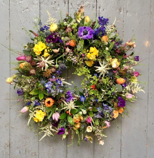 Wreath – W8